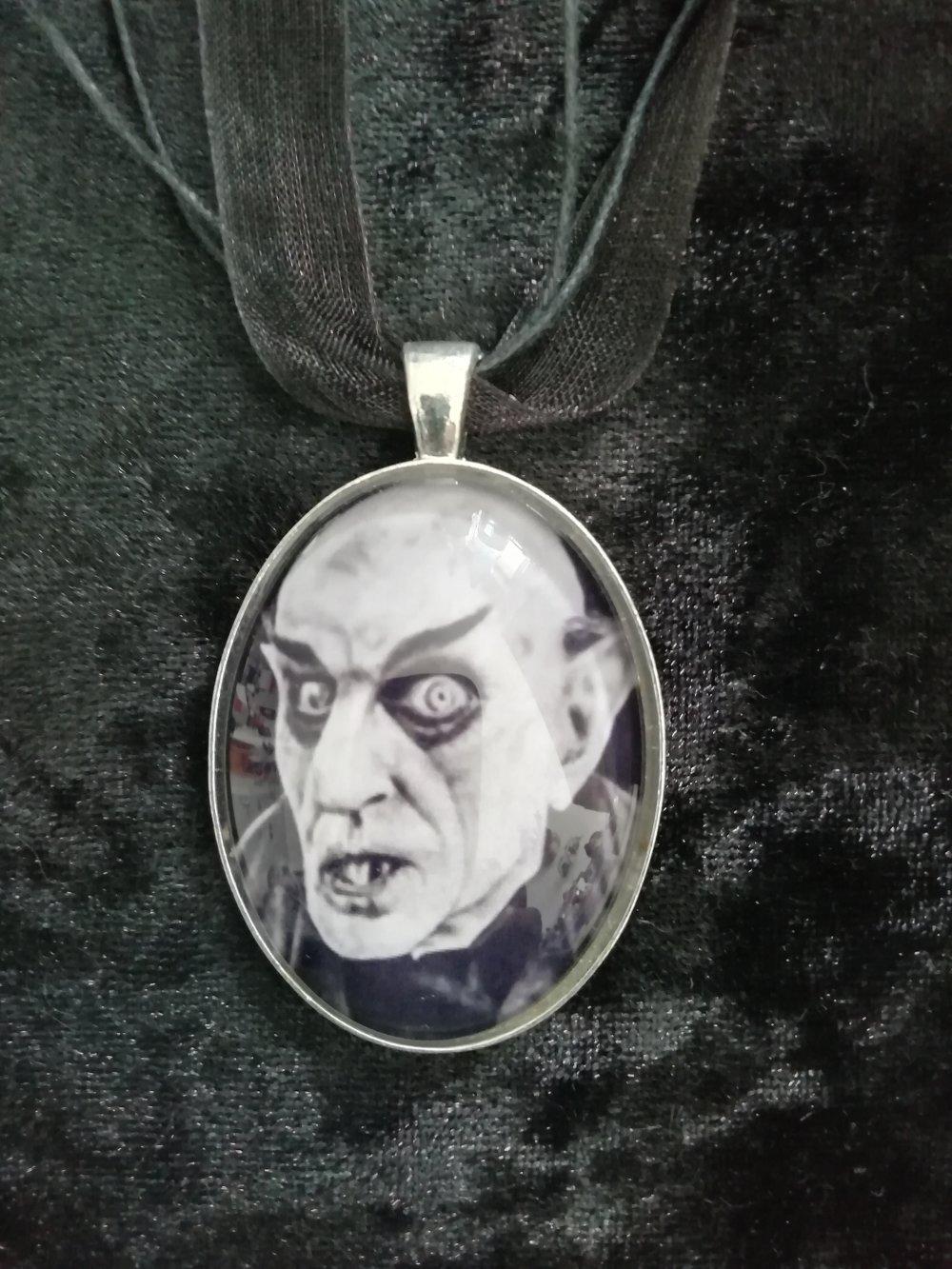 Collier Nosferatu