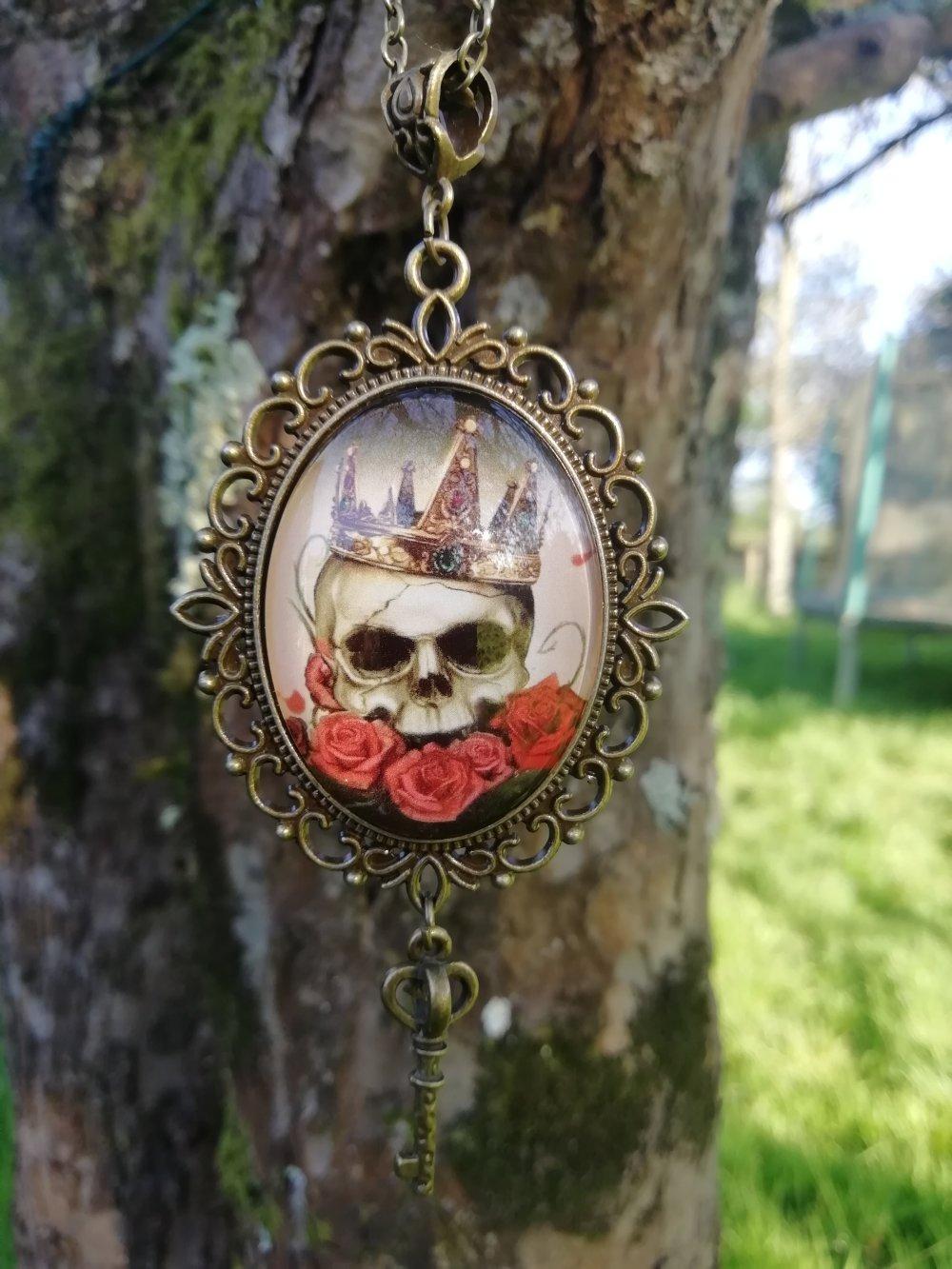 Collier King Skull