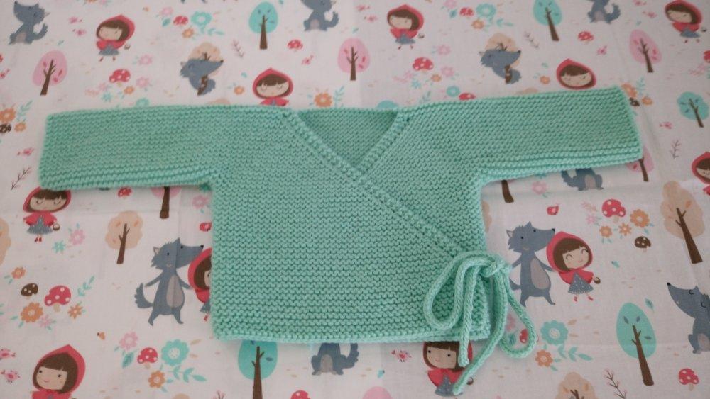 Brassière cache-coeur layette bébé fille ou garçon coloris vert taille naissance, 1 mois ou 3 mois