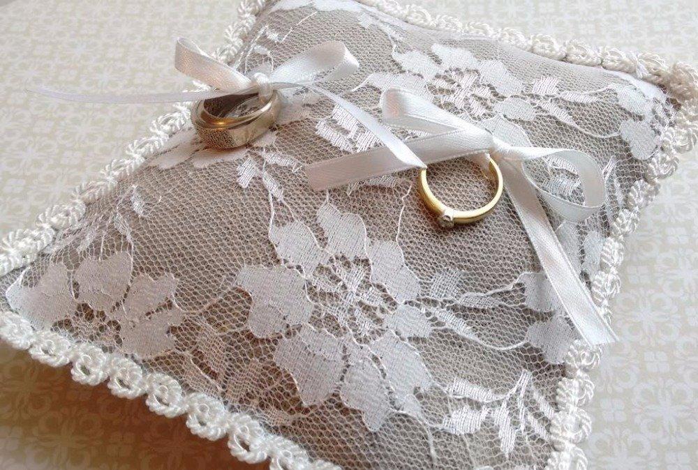 Coussin alliances en lin et dentelle n°5-  mariage