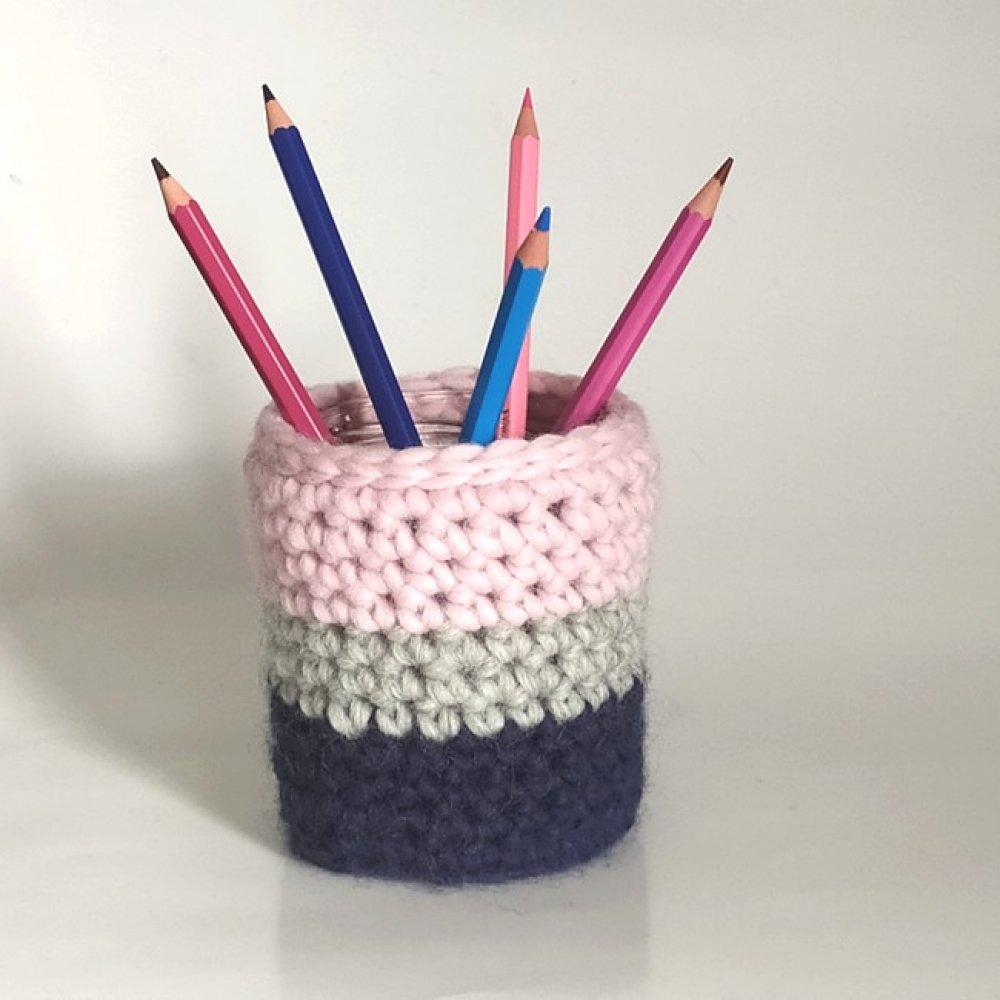 Pot à crayons en verre et laine