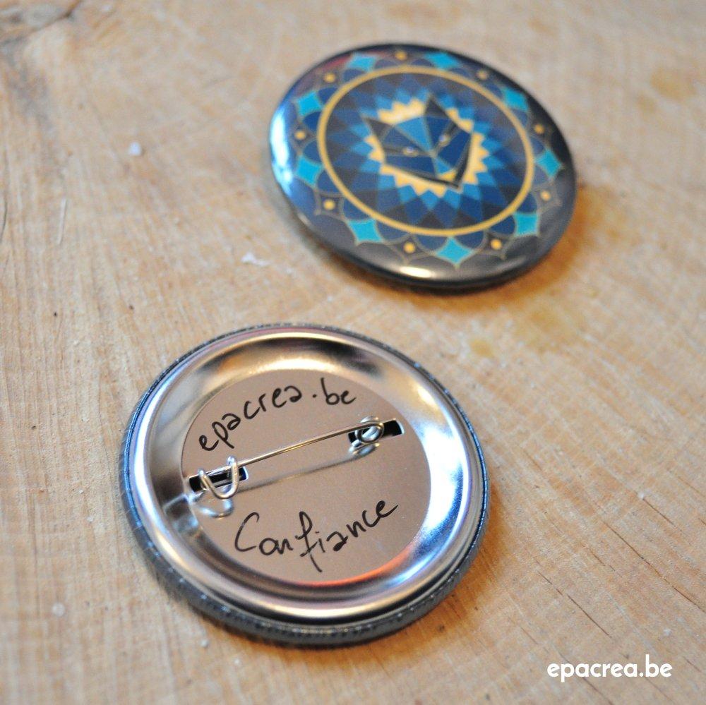 Badge 5cm loup : confiance