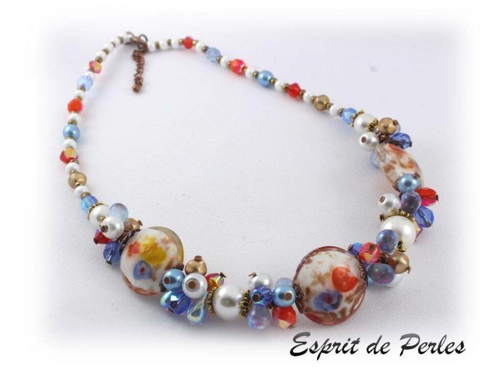 Collier créateur en perles de verre blanc bleu lampwork 'Saint-Petersbourg'