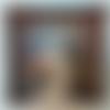 Petite coupelle carrée en papier maché - fait main - décor oie avec coiffure cives sur fond marron