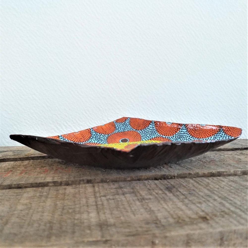 Petite coupelle carrée en papier maché - Fait main - Décor profil de femme africaine sur fond wax