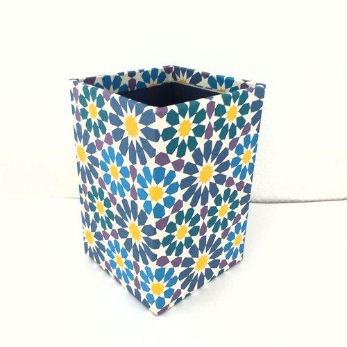 Grand pot à crayons en papier maché - décor papier aux motifs orientaux / marocains esprit azulejos