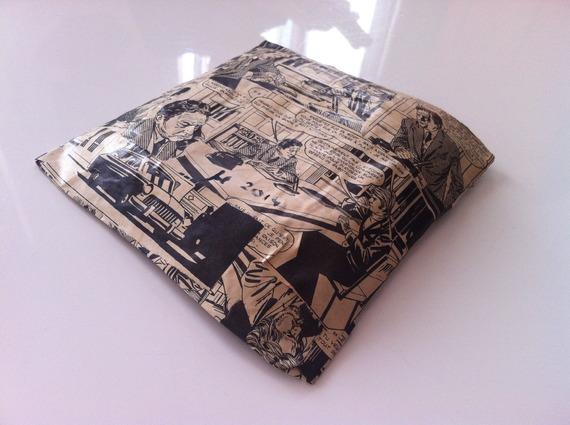 Coupelle carrée en papier maché - Fait main - Décor bande dessinée des années 70