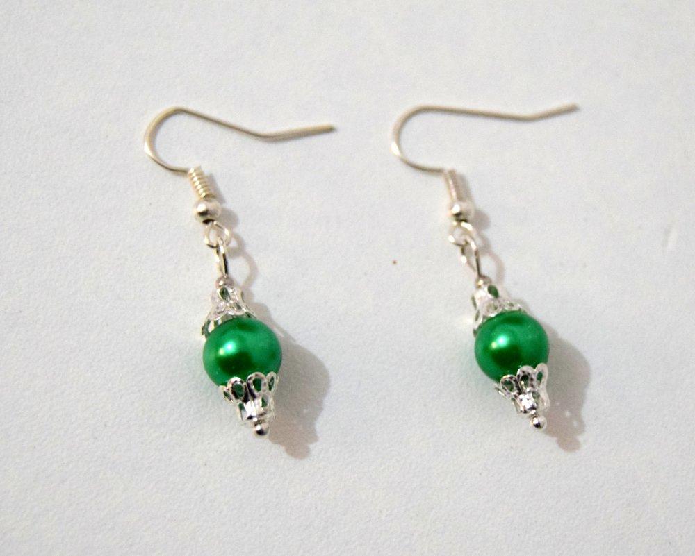 Boucles d'oreilles Victorienne perle nacrée verte