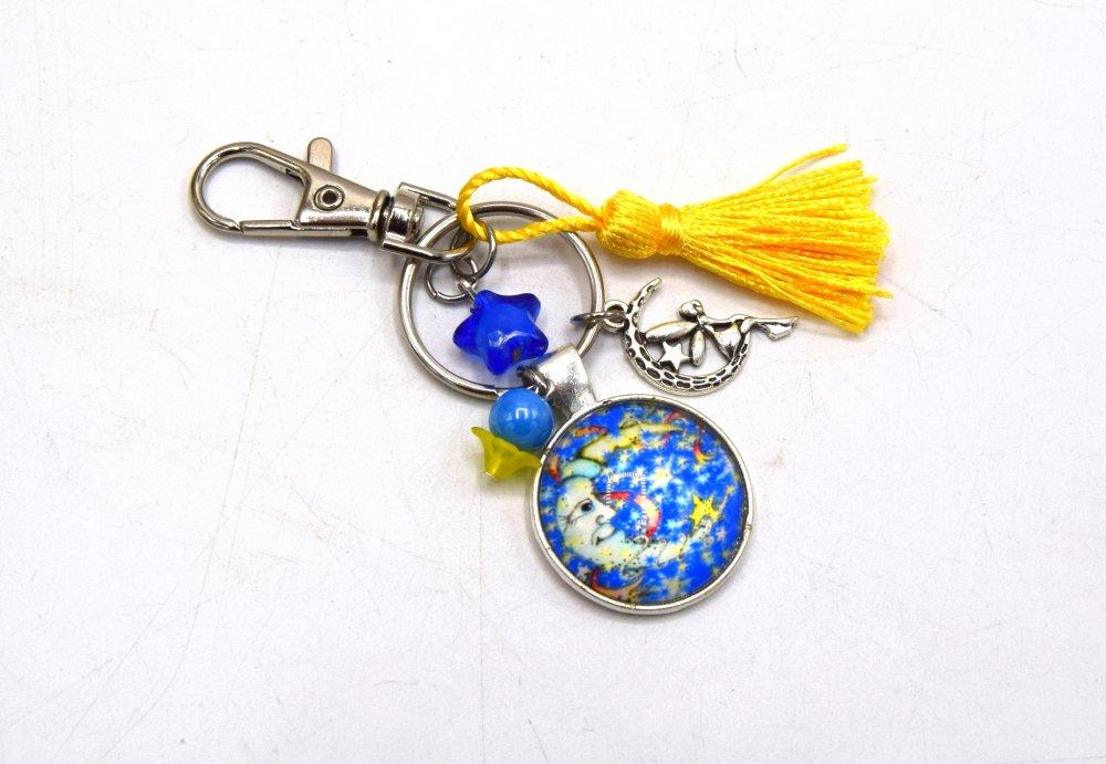 Porte clé Croissant de Lune avec fée sur le croissant de lune & étoile jaune, décoration sac à main, bijoux cabochon pompon.