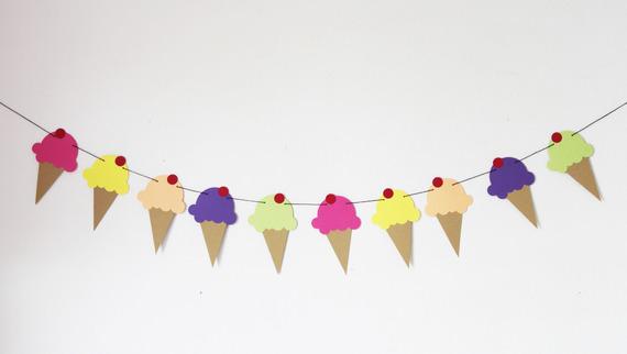 Guirlande de glaces -multicolore - pour candy bar, anniversaire, table de fête