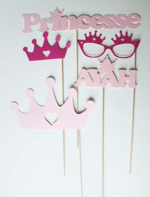 Lot de 5 accessoires Photobooth anniversaire princesse - fuchsia et rose