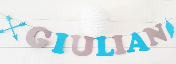Guirlande prénom en papier sur cordon en coton enduit  + 2 éléments - flèches et plumes