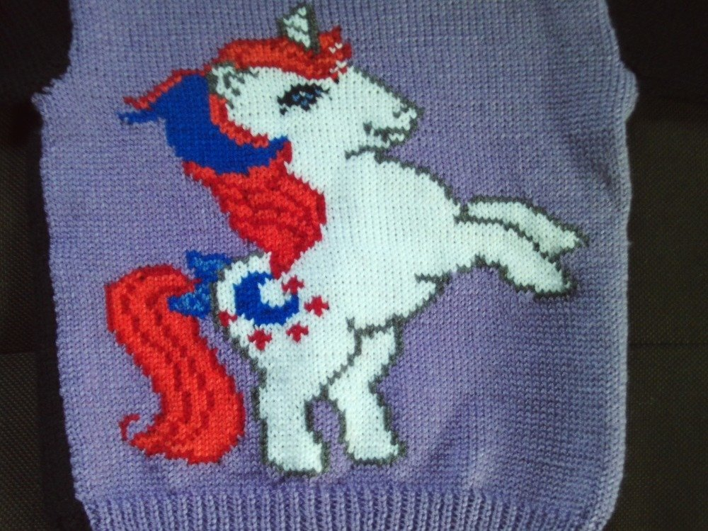 """pull """"licorne"""" taille 18 mois"""
