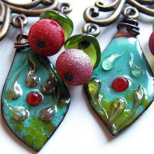 Boucles d'oreilles turquoise rouge cerise vert émaux sur cuivre quartz titane
