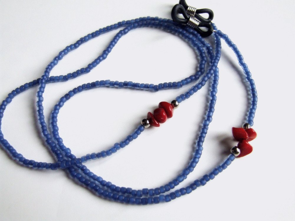 Cordon à lunettes artisanal, perles japonaises, Matsuno Frosted cobalt-lined crystal, corail rouge, achat solidaire, travail artisanal