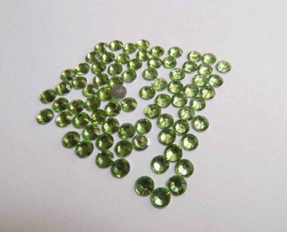 50 demi strass à coller vert clair 5mm