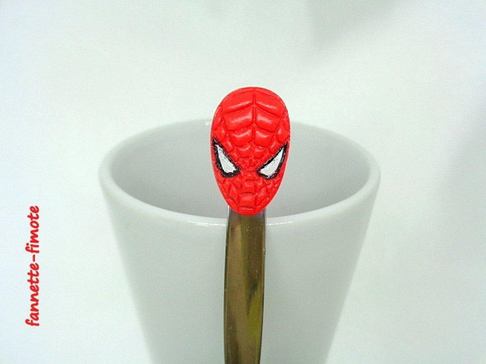 Cuillère en acier inoxydable en Pâte polymère Fimo Marvel Tête de Spider man - Fait main