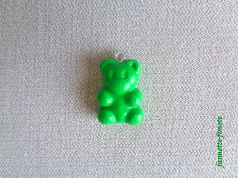 Breloque Gourmandise Bonbon Ourson Vert ou couleurs aux choix en Pâte polymère Fimo - Vendu à l'unité