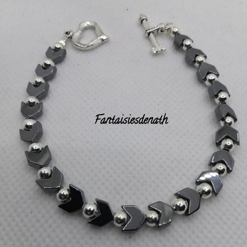 Bracelet hematites chevrons noirs
