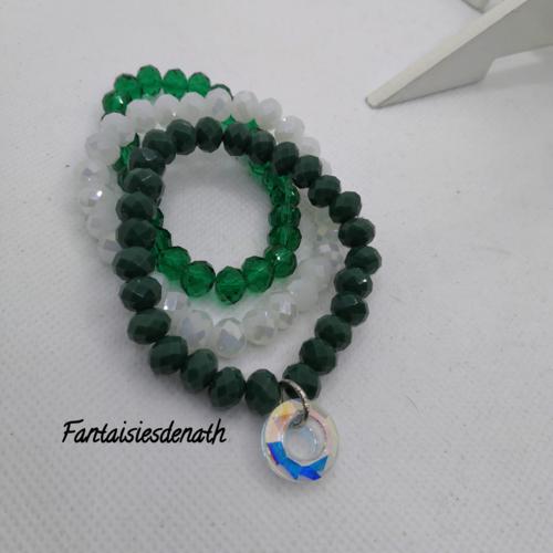 Bracelets par trois perles vertes et cristal