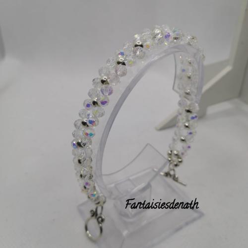 Bracelet de perles cristal et argentees