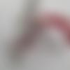 Bijou de sac / porte clefs rouge couleur pere noel