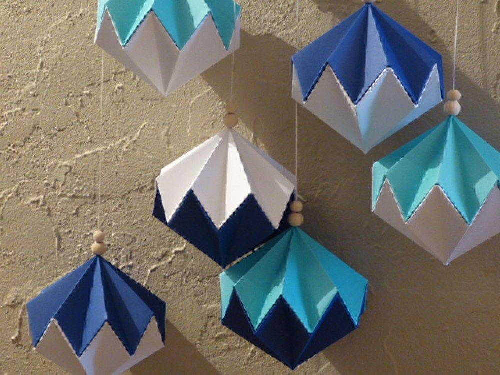 Suspension décorative - Boules diamants origami