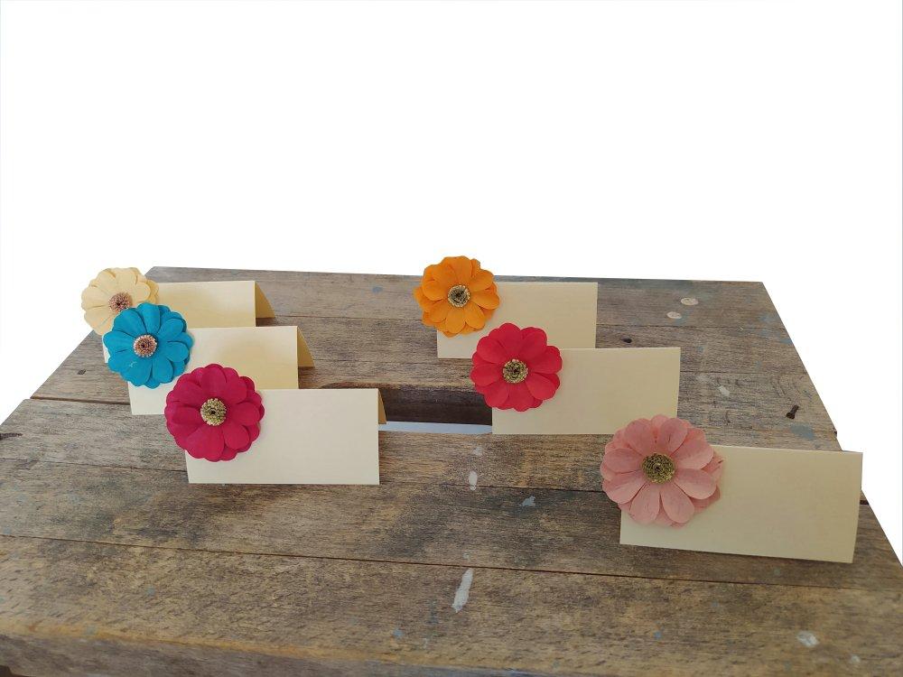 Lot de 10 marque-places Marguerites multicolores / porte nom invité mariage /décoration tables baptême / étiquette prénom fête