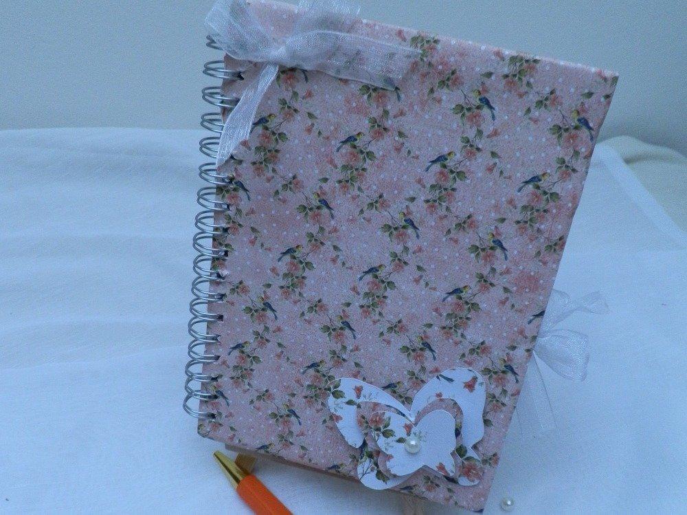 Petit cahier bloc note et son stylo