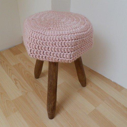 Tabouret en bois et son coussin en laine