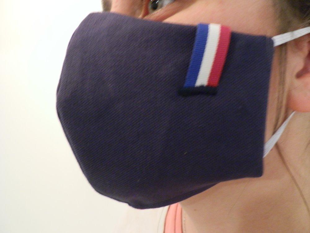 Masque de protection en tissu bleu marine