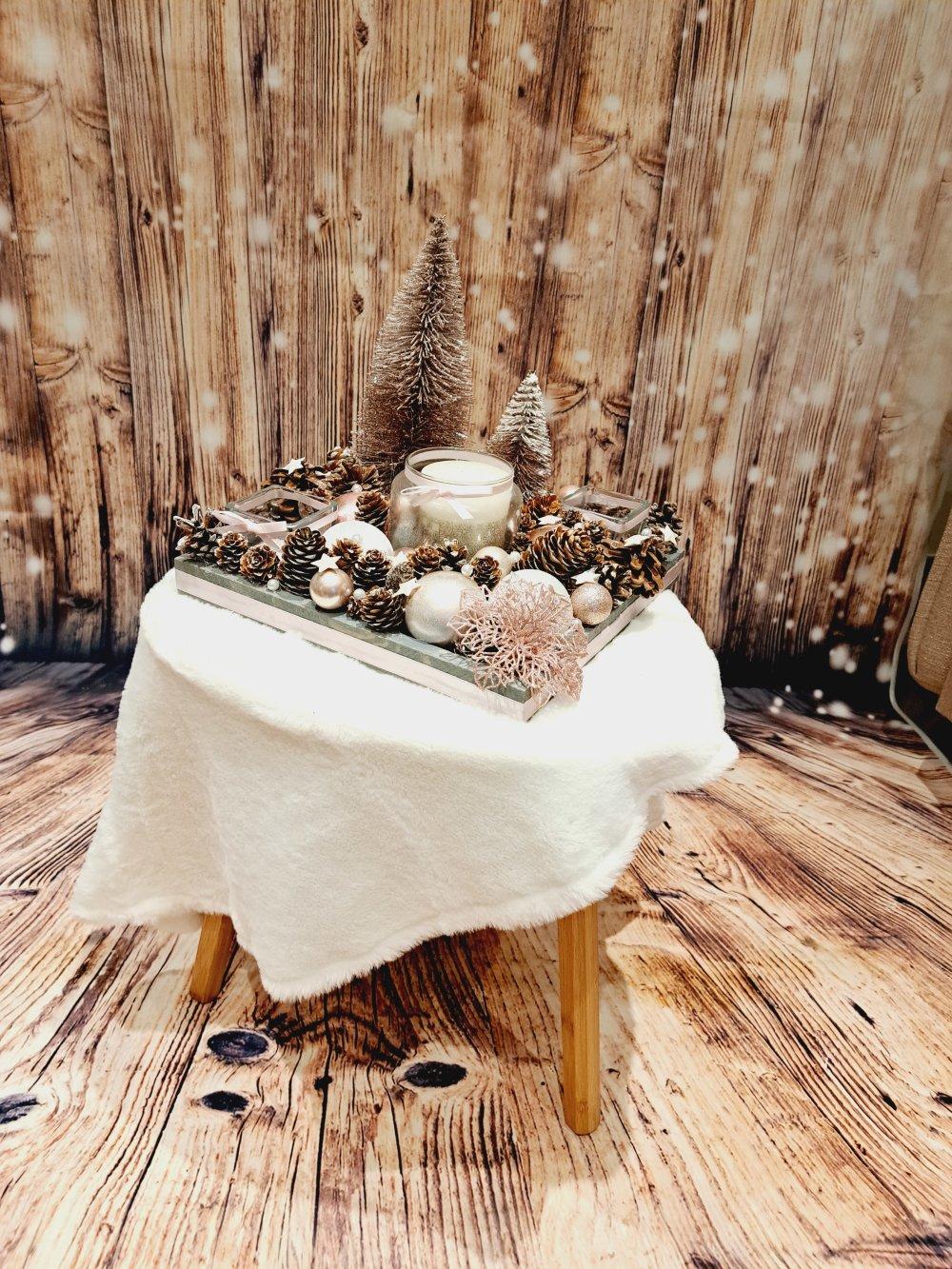 Bougie Décoration De Table centre de table noël - jour de l'an / décoration de table ou autre avec  bougies pomme de pin et boules de noel