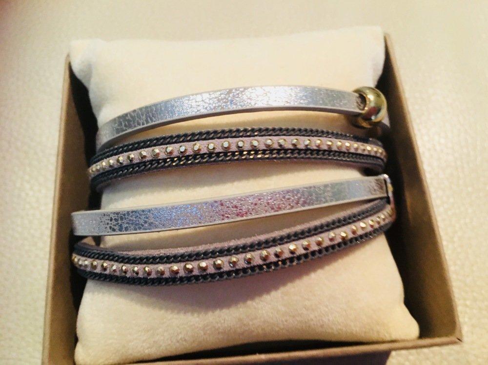 Bracelet simili cuir et strass