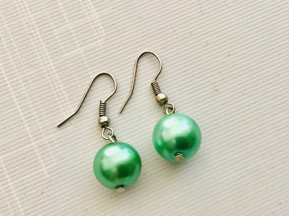 Boucles d oreille perle verte