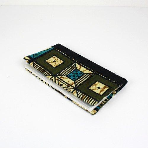 Porte chéquier coton africain motifs graphiques et en coton noir