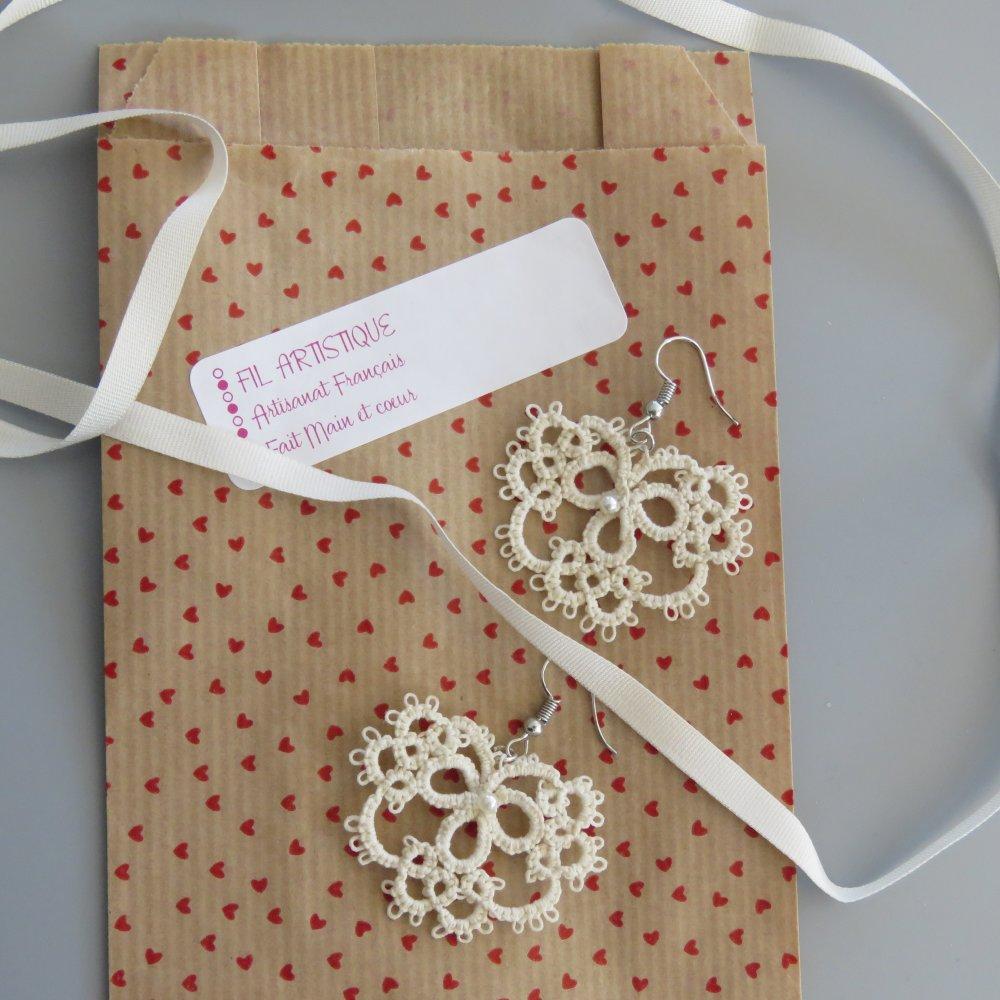 Boucles d'oreilles couleur ivoire en coton @filartistique
