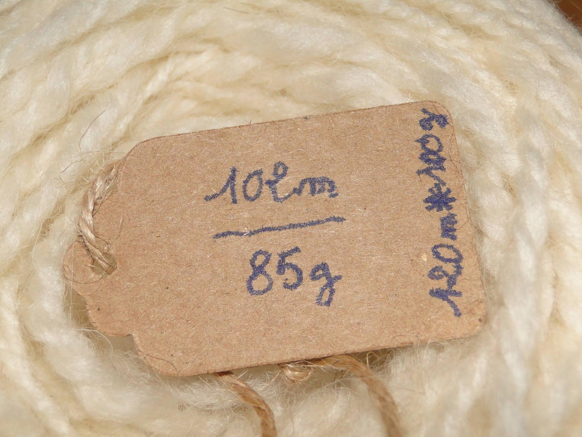 laine filée main écrue