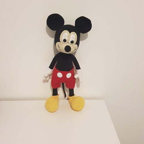 Mickey mouse en crochet