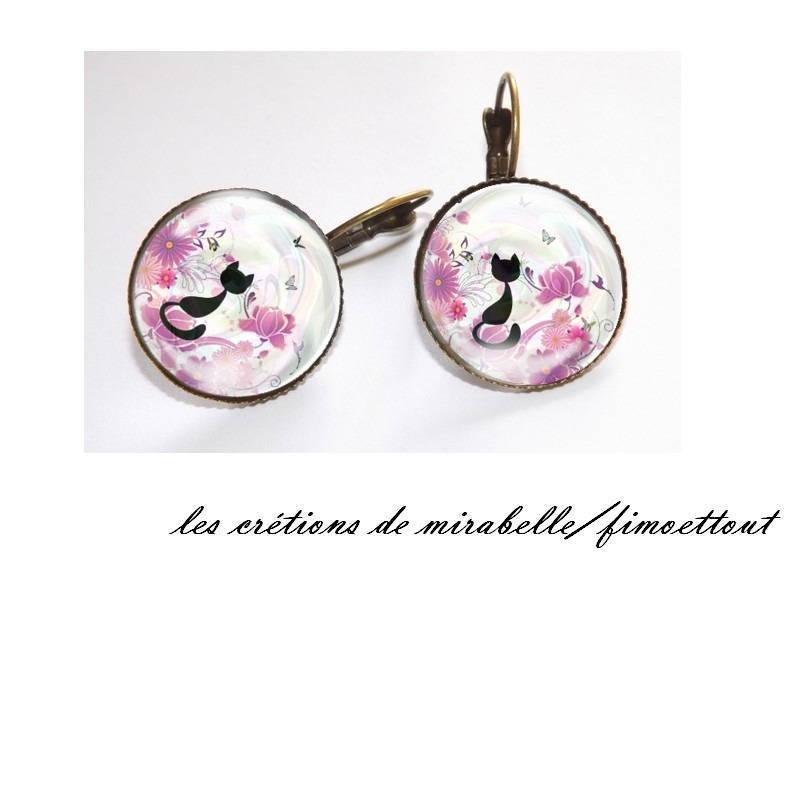bracelet chat fond fleuri ,cabochon verre 18 mm
