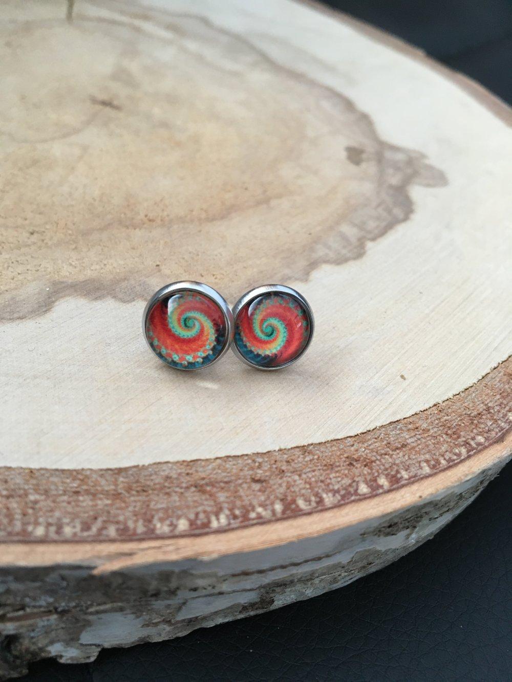 Puces d'oreilles cabochons spirale orange