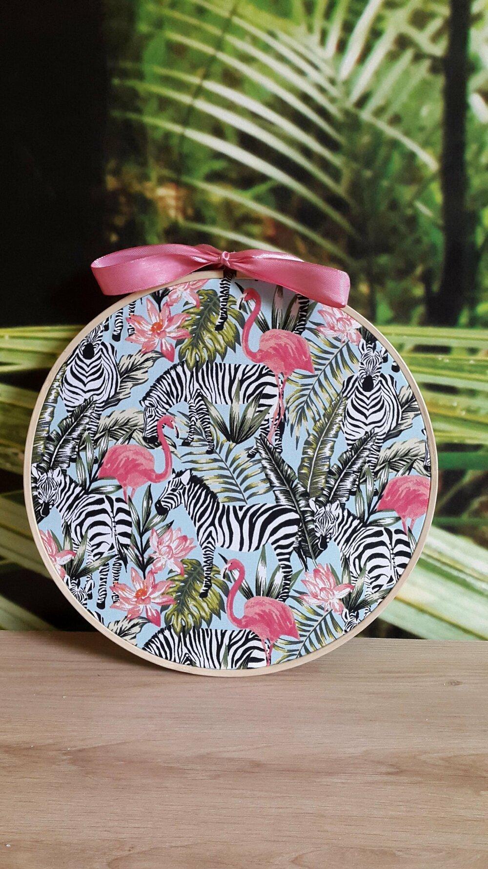 Décoration murale Tropical - Tissu sur tambour à broder - Tissu Tropical - Décoration tendance