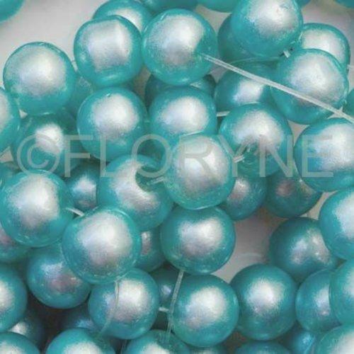 30 perles Nacrées 8mm Vert métallisé verre de Bohème
