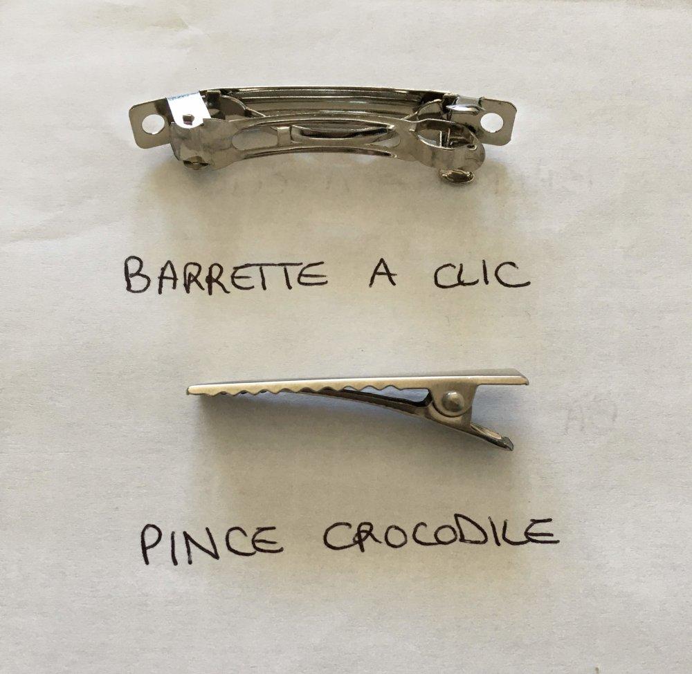 Barrette à cheveux en tissu recyclé, Barrette à clic ou pince crocodile - Fleur simple en Liberty - 4 cm