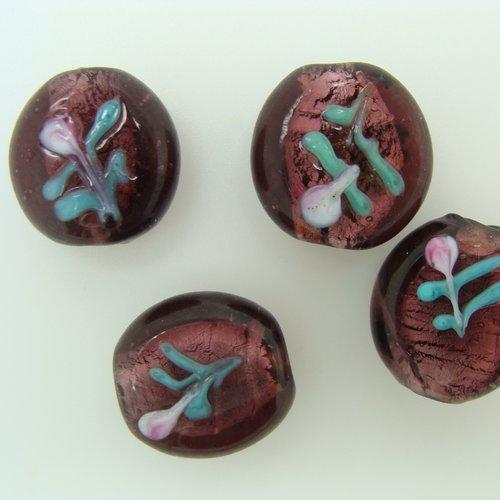 4 perles galets 15mm verre lampwork violet motif  fleurs