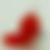 Mini pendentif chien rouge 28mm animal en verre lampwork pour création de bijoux collier
