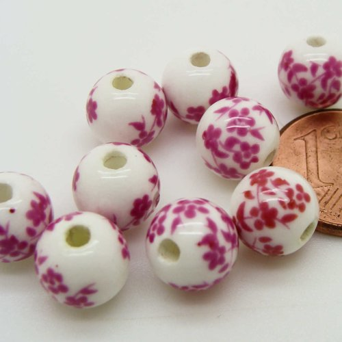 10 perles rondes 8mm porcelaine fond blanc fleurs rose