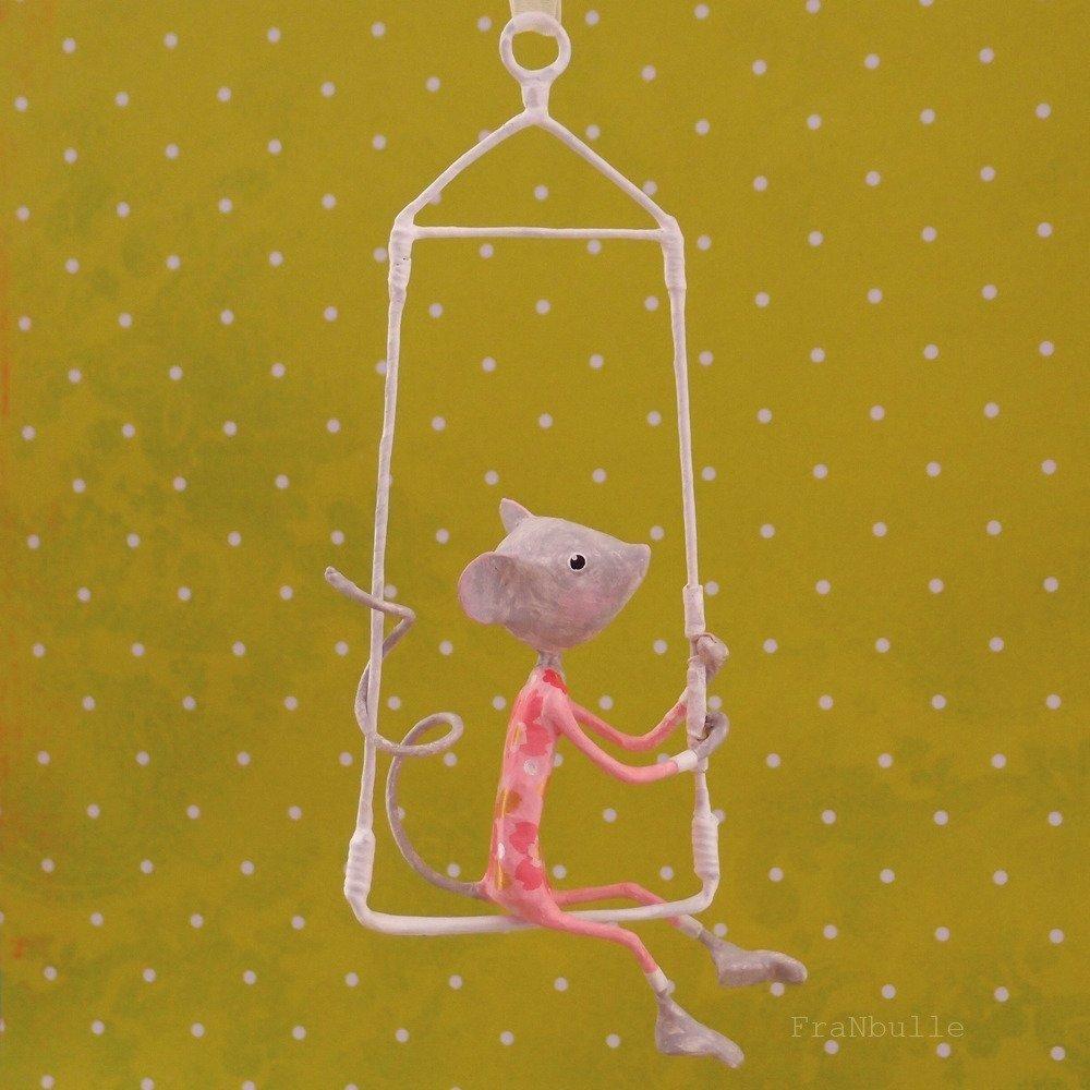 """Mobile en papier mâché, petite souris """"Misaki"""""""
