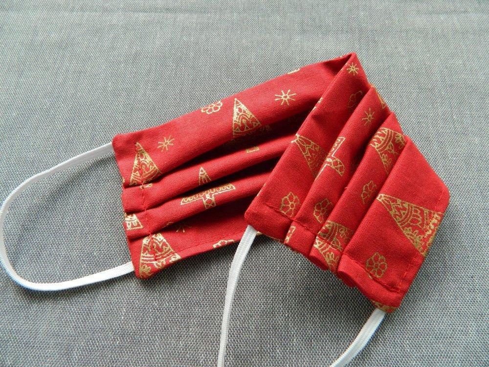 Masque Visage Lavable Réutilisable Réglable. Masque Sapins de Noël Tissu Coton Rouge. Taille Adulte. Cordon Elastique.