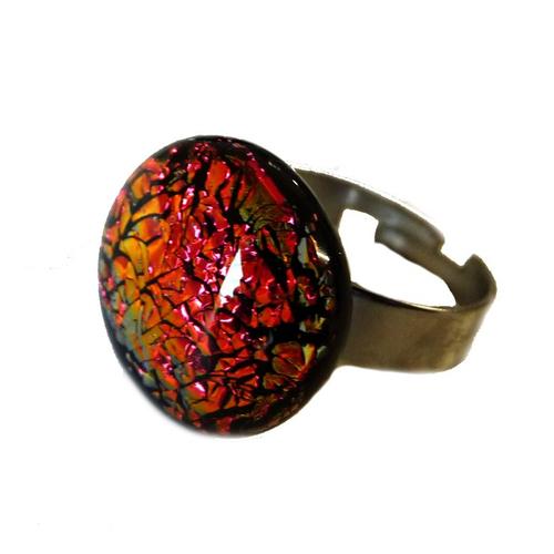 Bague rouge reflet changeant orangé bijou fait main en verre et acier