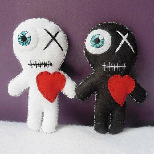 Kit poupées vaudou love in a bag, voodoo doll, momie, saint valentin, couple, mariage, amour, cadeau mariés, personnalisé